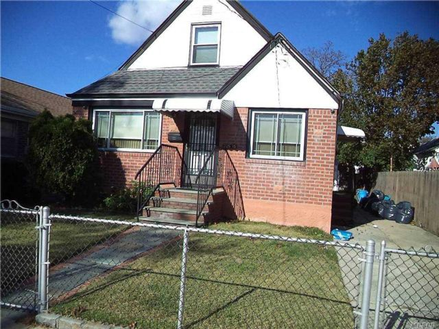 4 BR,  2.00 BTH Cape style home in Queens Village