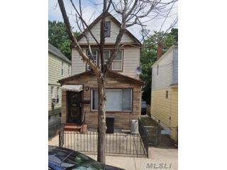 [Rochdale Real Estate, listing number 3169980]