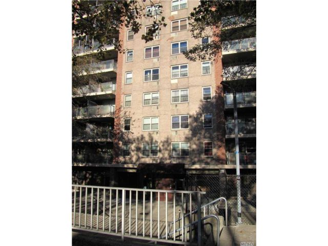 2 BR,  1.00 BTH High rise style home in East New York