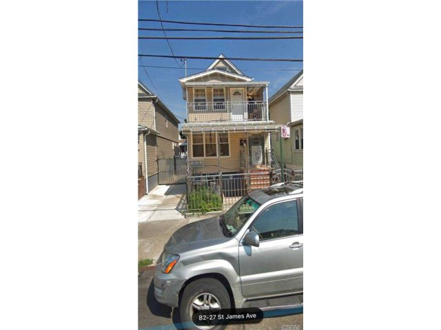4 BR,  2.00 BTH 2 story style home in Elmhurst