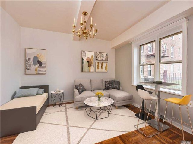 Studio,  1.00 BTH Mid rise style home in Forest Hills