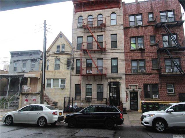 1 BR,  1.00 BTH Apt in bldg style home in Long Island City