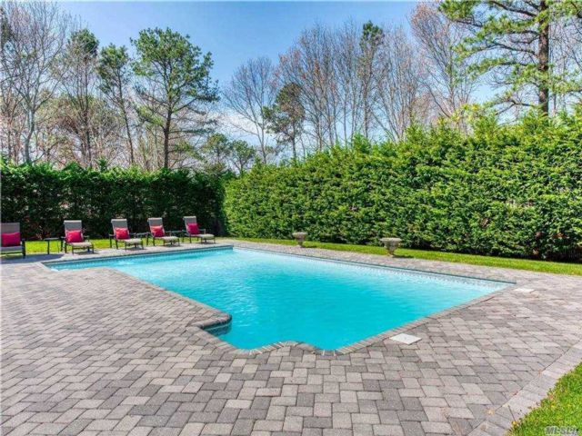 3 BR,  4.00 BTH 2 story style home in Westhampton Bch