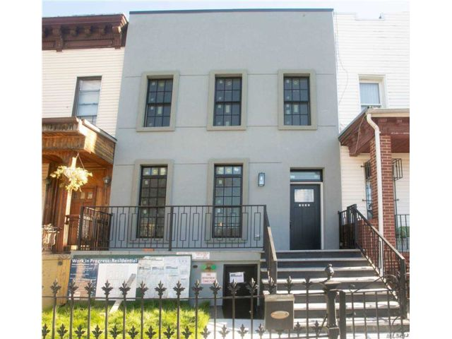 4 BR,  5.00 BTH  Contemporary style home in Bushwick