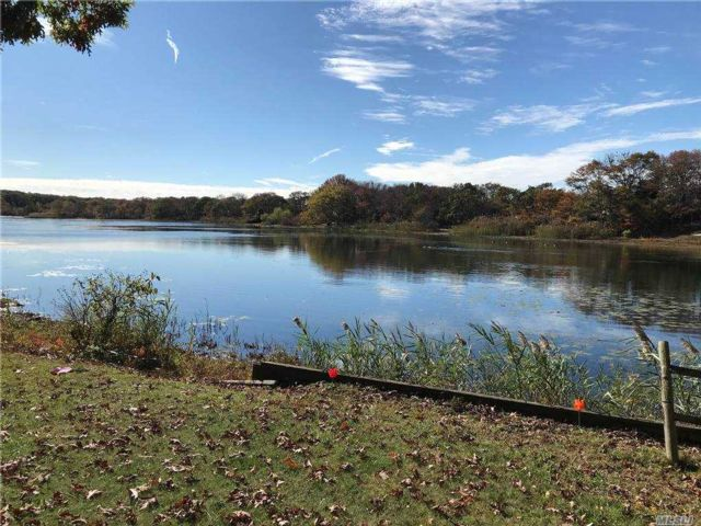[Southold Real Estate, listing number 3170480]