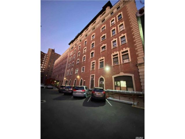1 BR,  1.00 BTH Other style home in Cobble Hill