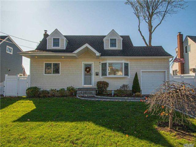 [Lindenhurst Real Estate, listing number 3170862]