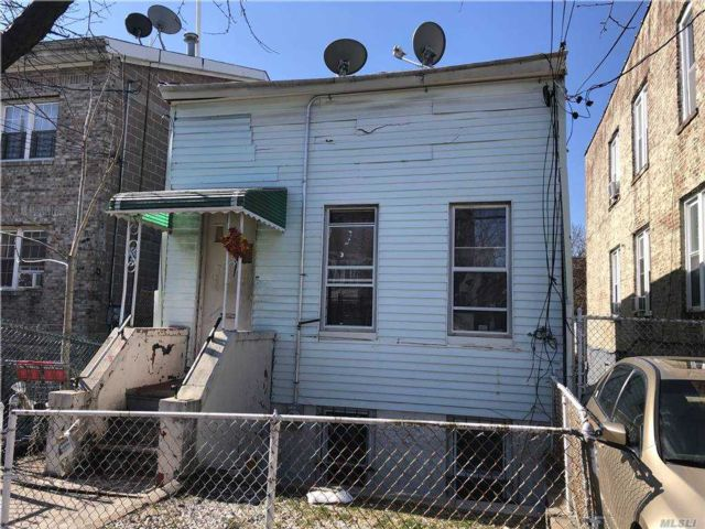 2 BR,  2.00 BTH Bungalow style home in East New York
