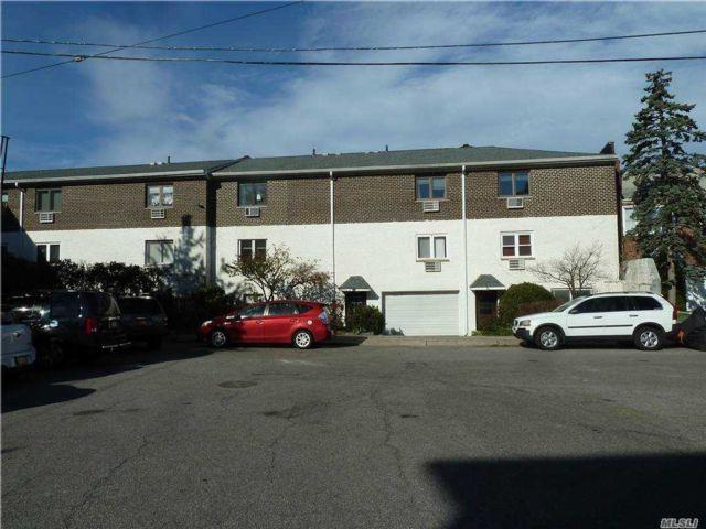 1 BR,  1.00 BTH Garden apartmen style home in Middle Village