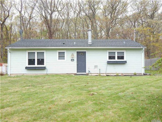 2 BR,  1.00 BTH Ranch style home in Shoreham