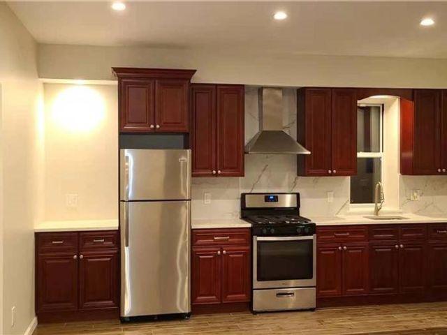 3 BR,  1.00 BTH Multi family style home in Elmhurst