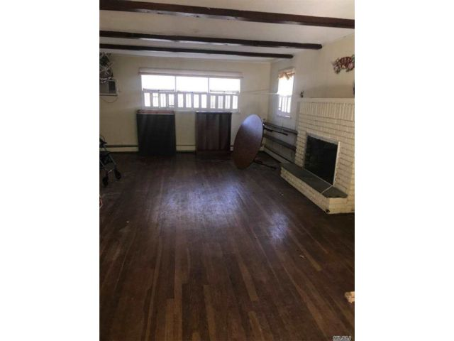 3 BR,  2.00 BTH Colonial style home in Great Neck