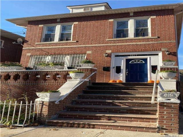4 BR,  1.00 BTH  Apt in house style home in Brownsville