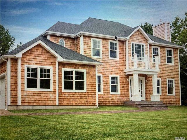 5 BR,  5.00 BTH  Post modern style home in East Quogue