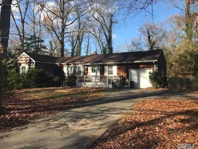 2 BR,  1.00 BTH Ranch style home in Stony Brook