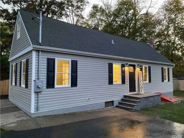 3 BR,  1.00 BTH Exp ranch style home in Rocky Point
