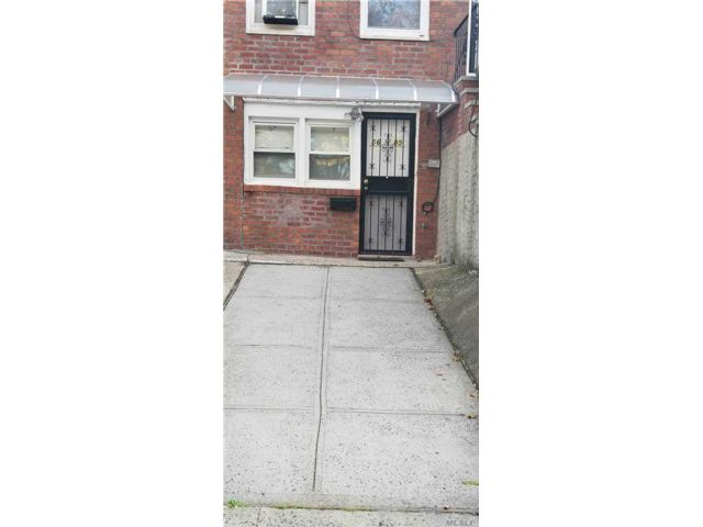 1 BR,  1.00 BTH Apt in house style home in Bayside