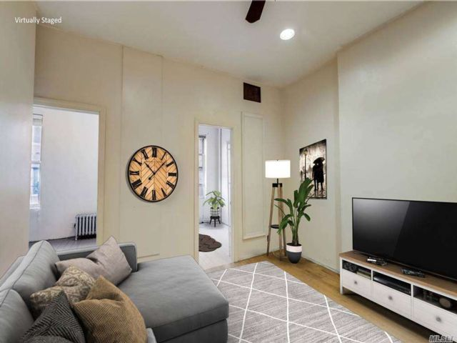 2 BR,  1.00 BTH  Other style home in New York