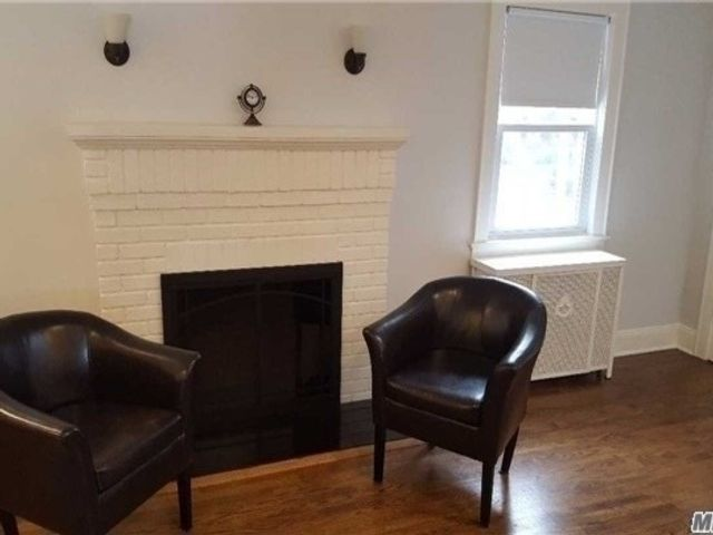 3 BR,  1.00 BTH  Colonial style home in Floral Park
