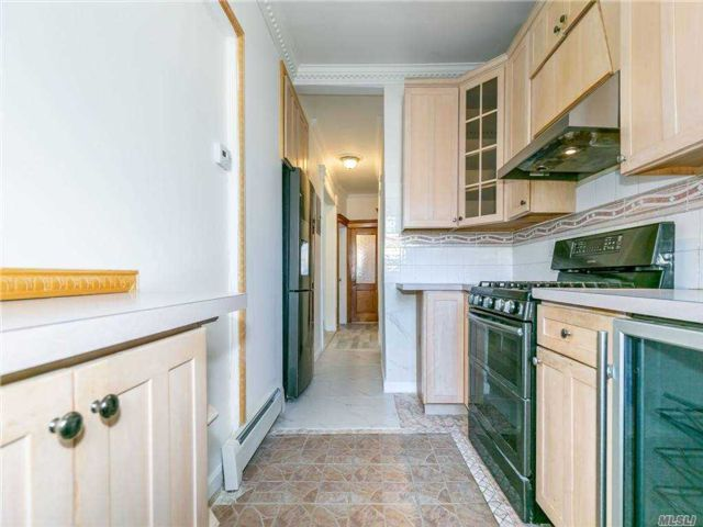 3 BR,  2.00 BTH Colonial style home in Dyker Heights