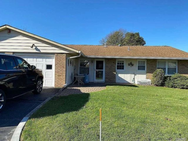 2 BR,  2.00 BTH Other style home in Ridge