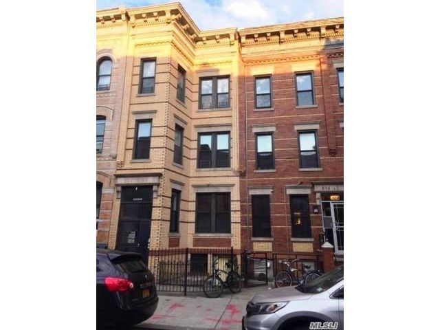 3 BR,  1.00 BTH Multi family style home in Ridgewood
