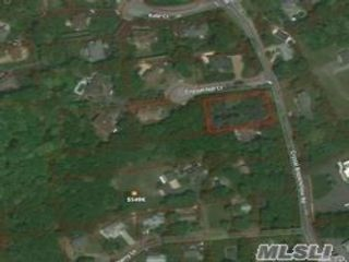 Lot <b>Size:</b> 196x Land style home in Port Jefferson Station