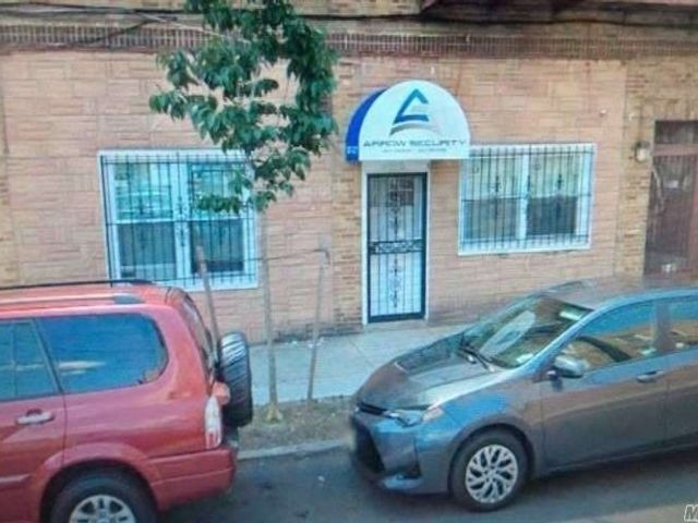 [Woodhaven Real Estate, listing number 3173561]
