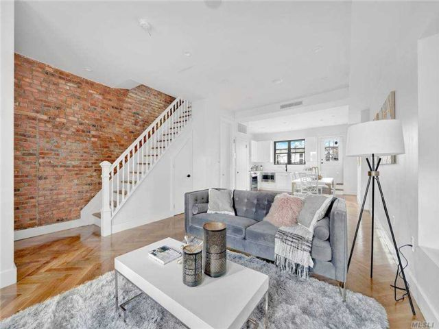 5 BR,  4.00 BTH Townhouse style home in Bedford Stuyvesant