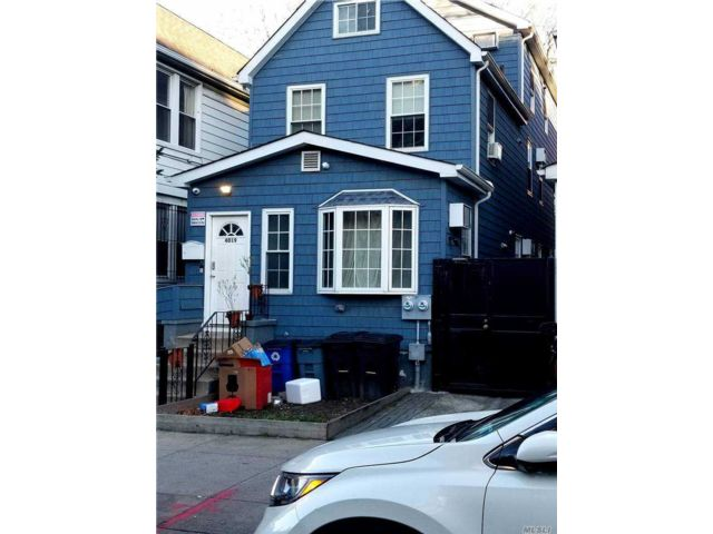 8 BR,  7.00 BTH Contemporary style home in Woodside