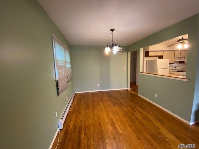 3 BR,  1.00 BTH Apt in house style home in Franklin Square