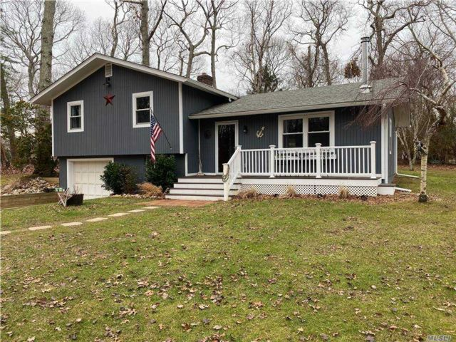 [Southold Real Estate, listing number 3174355]