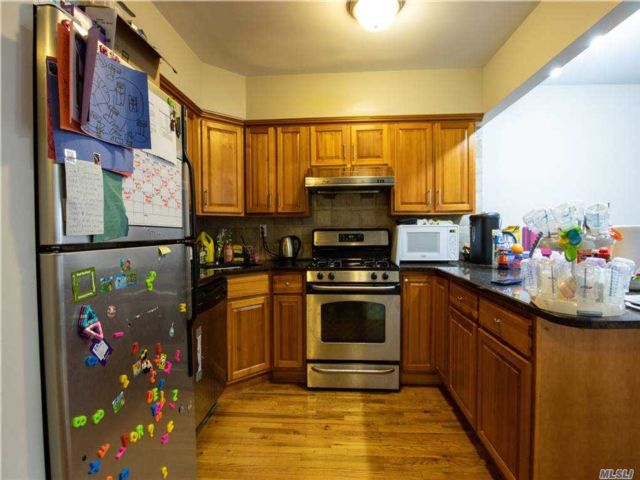 2 BR,  2.00 BTH High rise style home in Astoria
