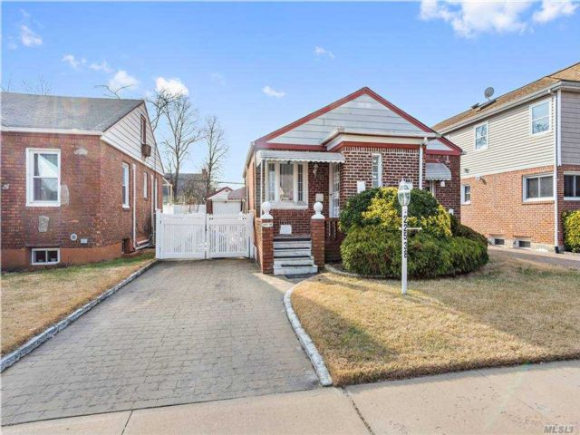 3 BR,  2.00 BTH Cape style home in Queens Village