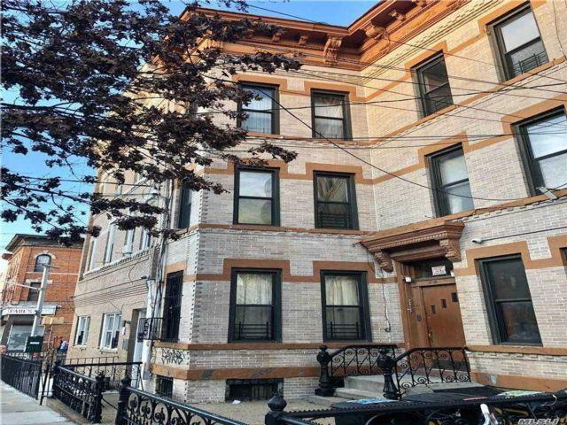 [Ridgewood Real Estate, listing number 3174756]