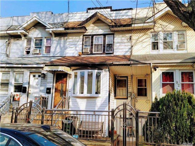 [Woodhaven Real Estate, listing number 3174964]