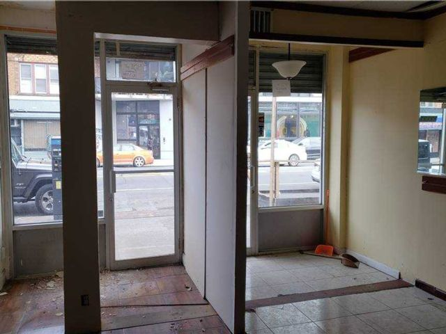 Studio,  0.00 BTH Commercial style home in Flatlands