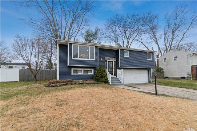 3 BR,  2.00 BTH Hi ranch style home in Port Jefferson Station