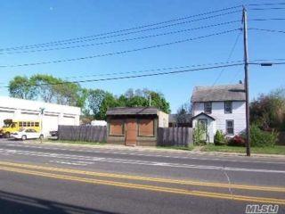 [Lindenhurst Real Estate, listing number 3175540]