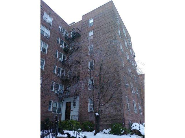[Jackson Heights Real Estate, listing number 3175604]