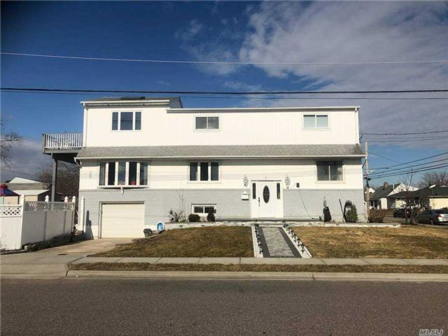 [Freeport Real Estate, listing number 3175776]