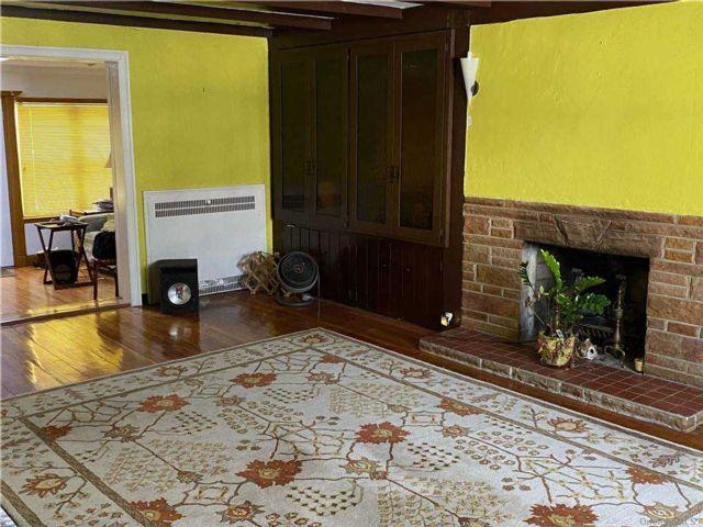 [St. Albans Real Estate, listing number 3176000]