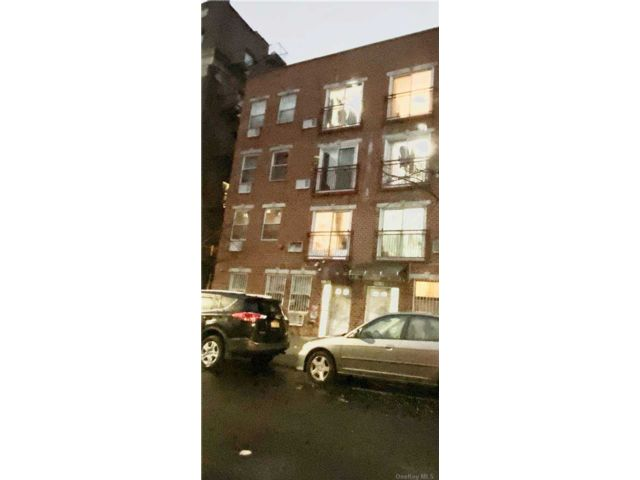 8 BR,  8.00 BTH  Other style home in Flushing