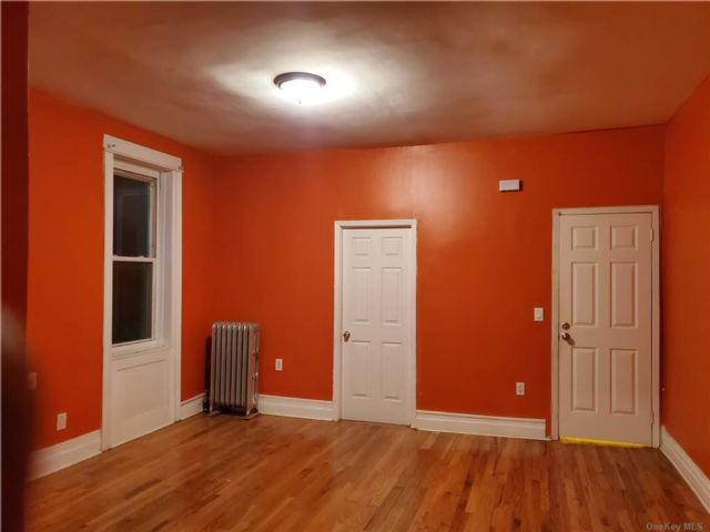 4 BR,  1.00 BTH Apt in house style home in Cypress Hills
