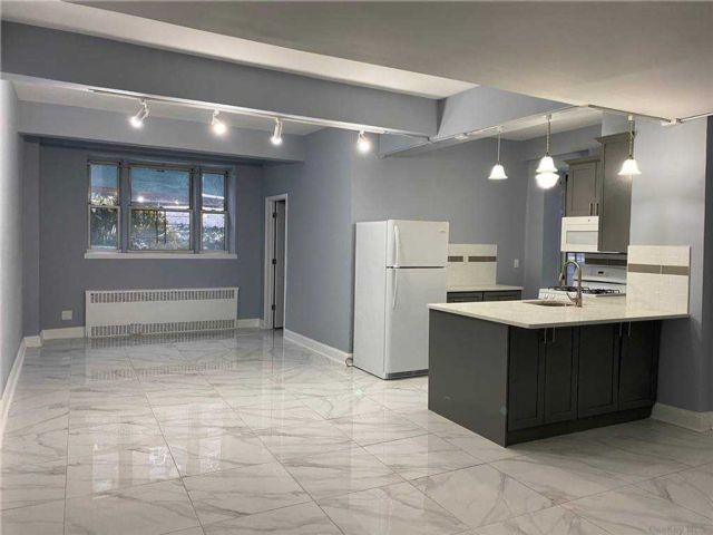 [Forest Hills Real Estate, listing number 3177193]
