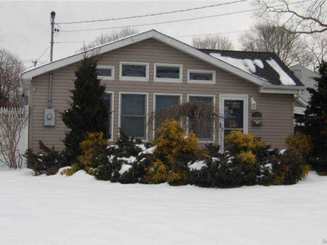[Sayville Real Estate, listing number 3177302]