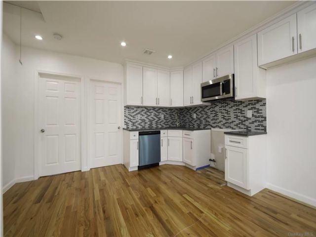 5 BR,  2.00 BTH  Ranch style home in Springfield Gardens