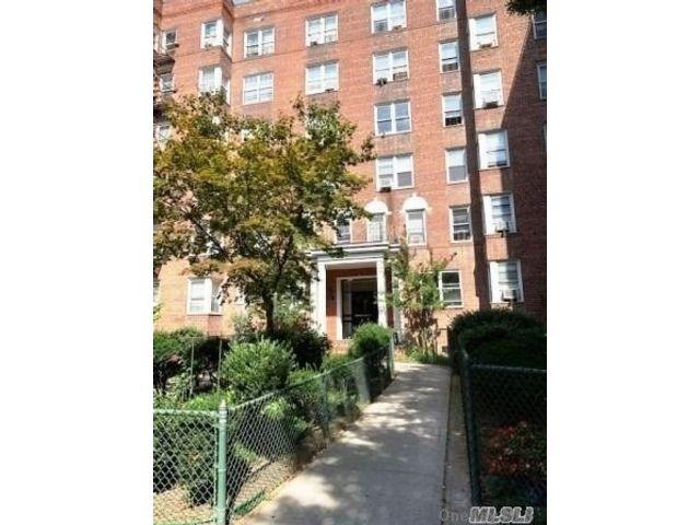 [Jackson Heights Real Estate, listing number 3177618]