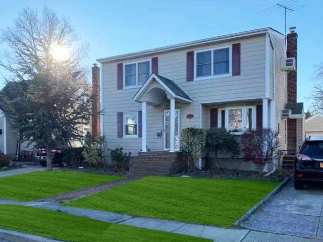 [Seaford Real Estate, listing number 3177647]