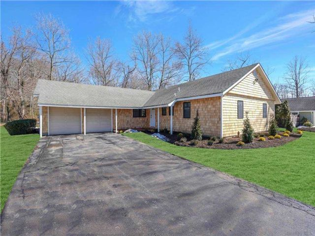 3 BR,  2.00 BTH  Ranch style home in East Setauket